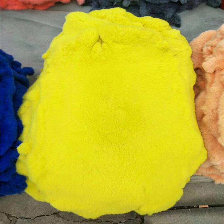 兔皮整张 彩色环保无异味 家兔皮熟皮特价供应